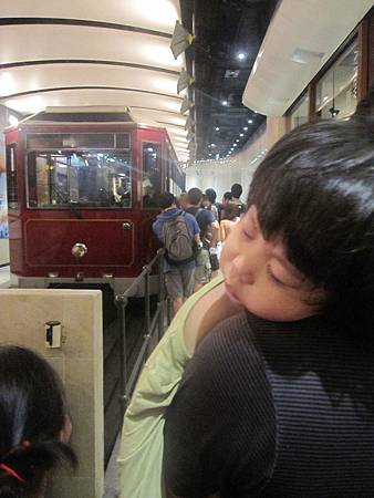 hk2012 084