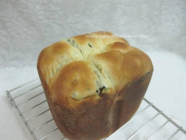 優格海苔蔥花麵包