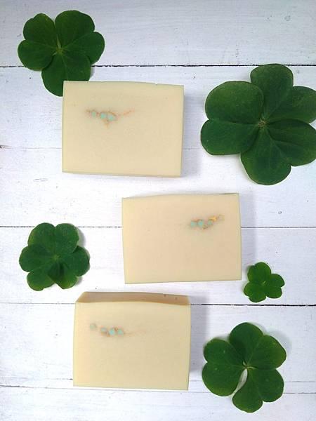 蘆薈幸運草豆漿皂