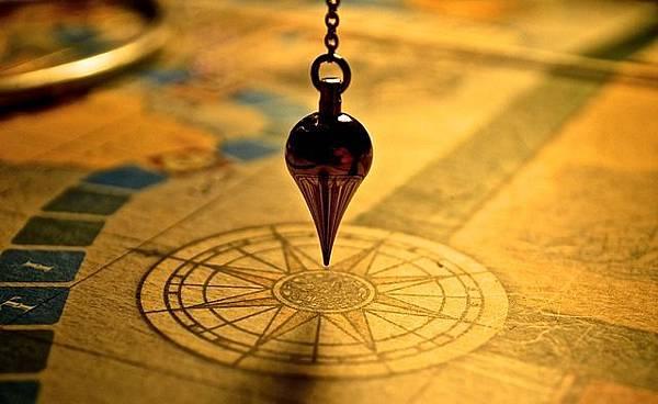pendulum-1934311_640.jpg