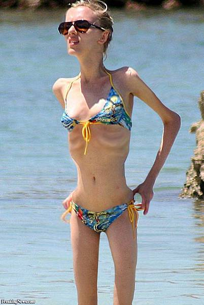 Skinny-Scarlett-Johanson-40617