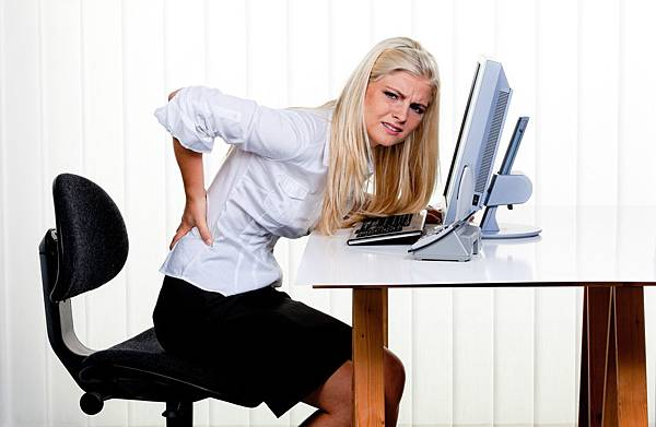 Preventing-Back-Pain-at-Work
