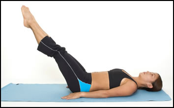 ab-exercises-for-free-extended-leg-lifts-2