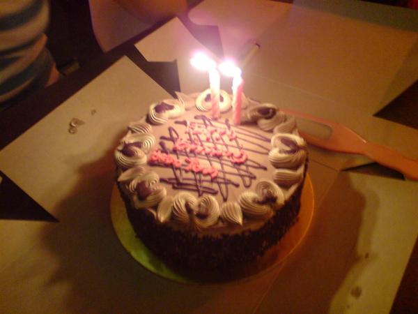 羯尔的生日蛋糕。。。