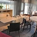 TV餐椅 / LOUISE餐椅 / DINO餐邊櫃 / EVERYWHERE餐具櫃