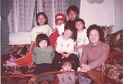 Christmas_打扮成聖誕老公公的爸爸抱著小Ginger