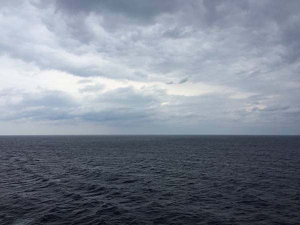 ocean2.jpg