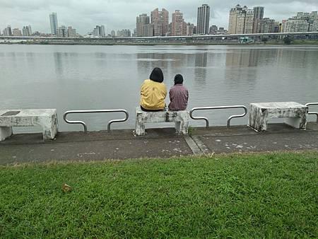 大稻埕河濱公園之旅_181231_0005.jpg