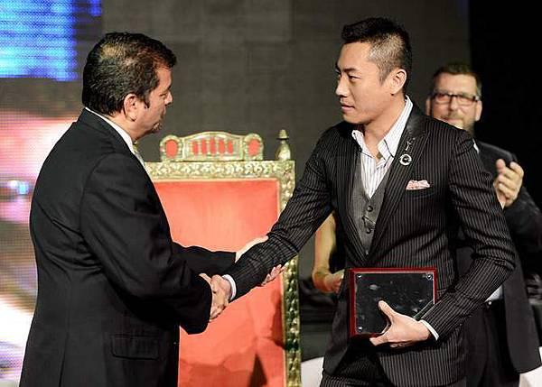 2012年世界頂尖調酒師大賽冠軍台灣帥哥尹德凱