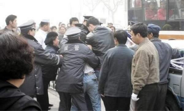 中國城市管理人員 (20)