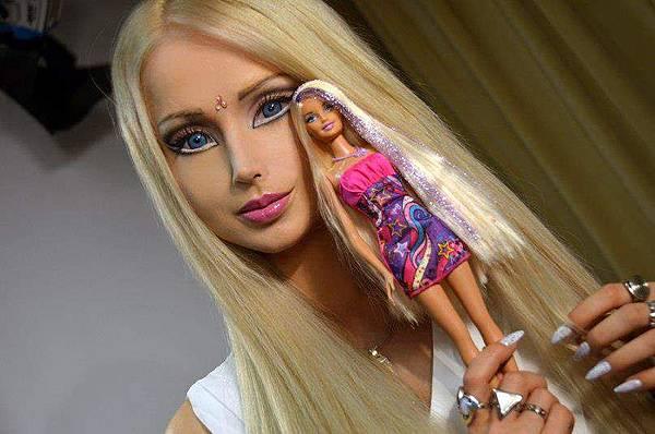 0 真人芭比娃娃(2)