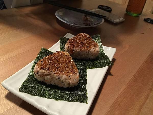 鮪魚飯糰 (2).jpg