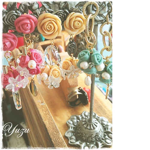 粉紅金黃湖水藍-捧花們