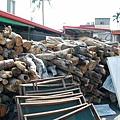 要用木材喔!這樣才會有木材的香味!