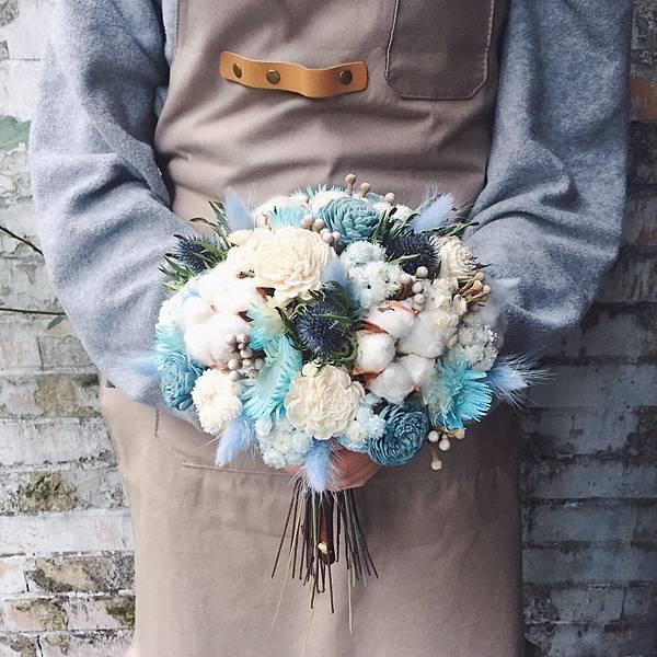 捧花,捧花台北推薦圖片藍色捧花,捧花照片分享,手拿照