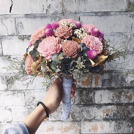 歐式捧花台北,新娘捧花台北推薦圖片紅色捧花,歐式手工捧花,淺色系分享