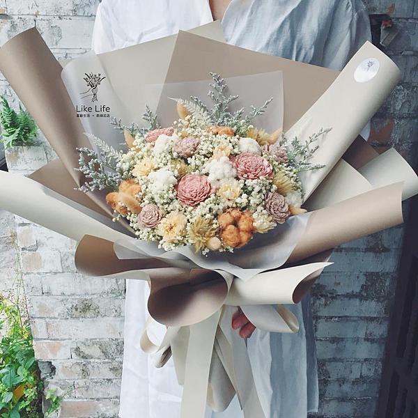 巨大花束,巨大乾燥花束台北巨型乾燥花束,質感金色巨大花束
