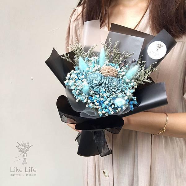 台北乾燥花推薦,台北乾燥花店-黑藍色乾燥花束