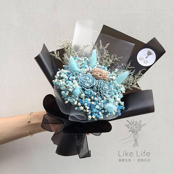 乾燥花推薦台北,台北乾燥花店-黑藍色乾燥花束