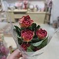乾燥花花材台北推薦,,乾燥玫瑰花,質感玫瑰.JPG