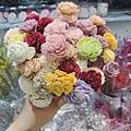 乾燥花花材台北推薦,,乾燥花材料,木片玫瑰花.JPG
