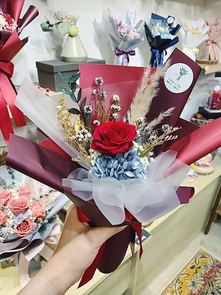 母親節花束推薦,中型永生玫瑰花束紅色.JPG