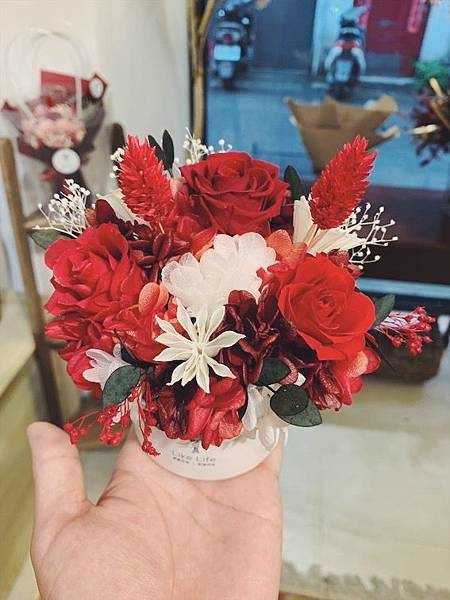 母親節花束推薦,紅色永生花盆栽,永生花質感盆栽.JPG
