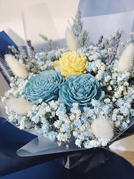 母親節花束推薦,乾燥花束藍色特寫.JPG