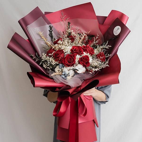 巨大永生花束封面永生玫瑰花束喜歡生活,有代客送花,開幕盆栽,情人節花束,求婚花束