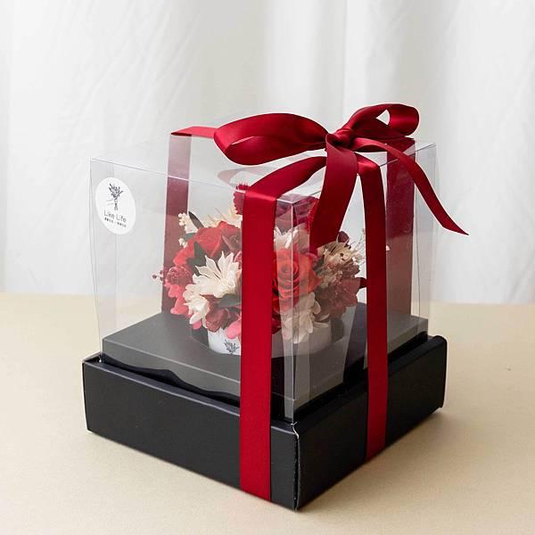 乾燥花盆在盒裝照片,開幕盆栽代客送花服務推薦.jpg
