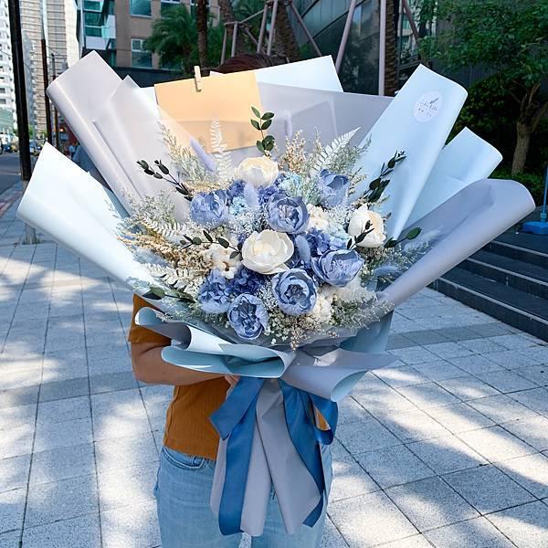 宜蘭乾燥花束,喜歡生活乾燥花店,喜歡生活乾燥花店,藍色永生花束宜蘭送花推薦.JPG