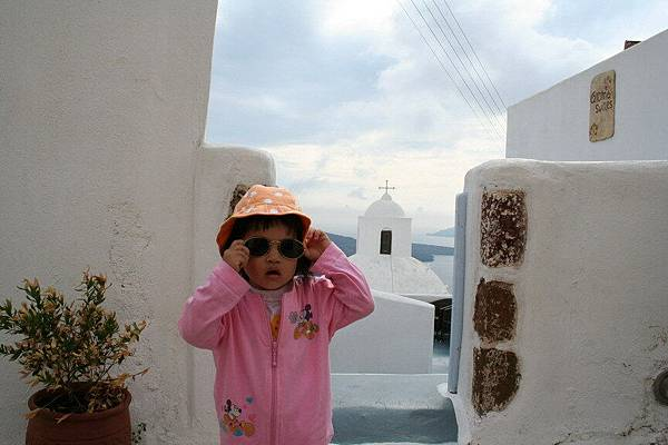 Irini 在Santorini