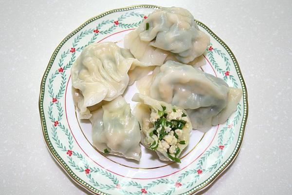 韮菜豆干水餃