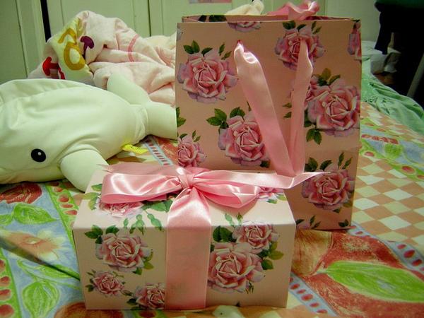 禮物!!!!打開! 打開! 快打開!!!!