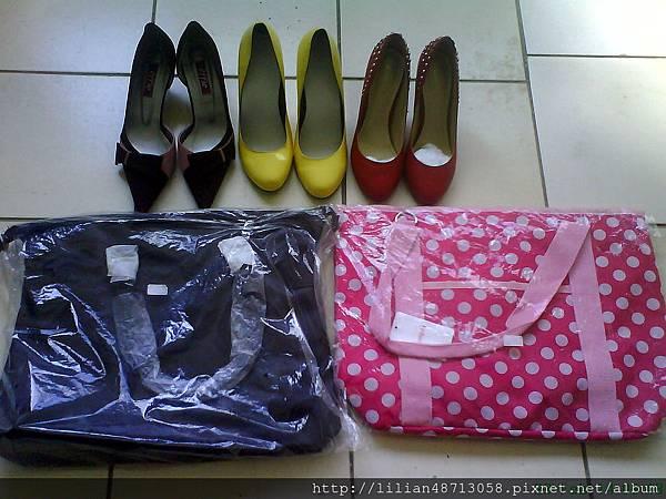 鞋子、包包,一樣一百五