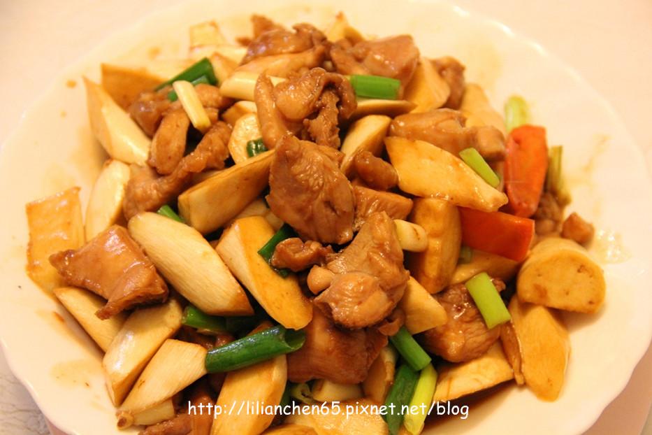 莉莉安的私房菜.....日式雞丁茭白筍