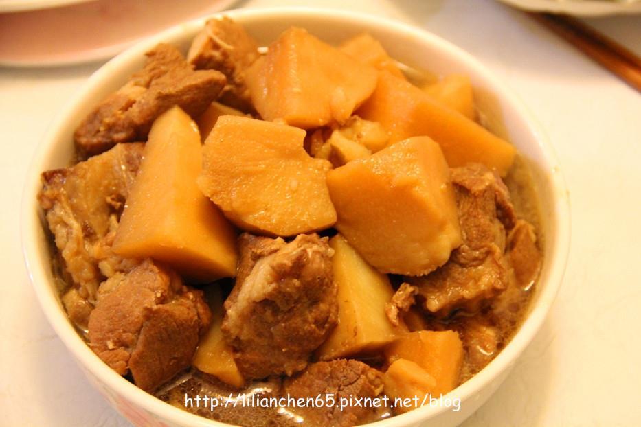 莉莉安的私房菜.....肉燉馬鈴薯