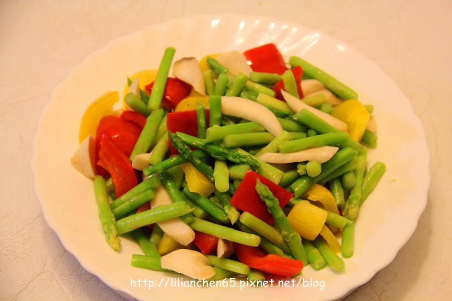 莉莉安的私房菜.....素四色時蔬