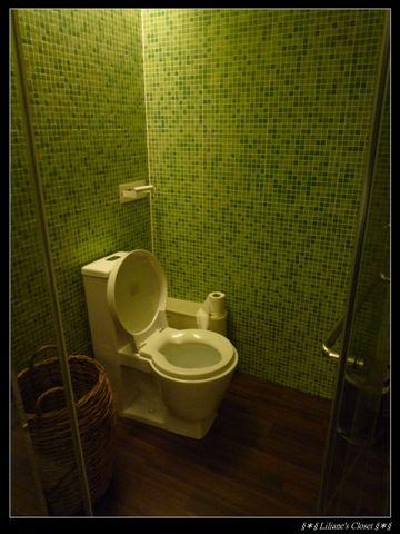 Escents-廁所.JPG