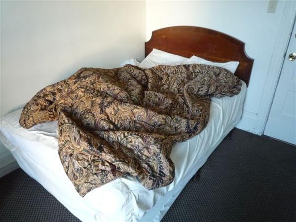 north beach -bed.JPG