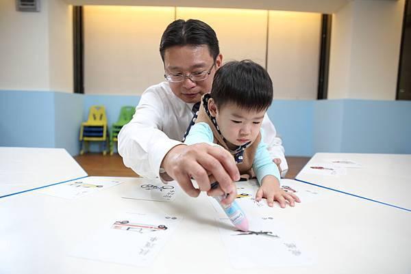 1123KUMON幼兒數學教材 (11).JPG