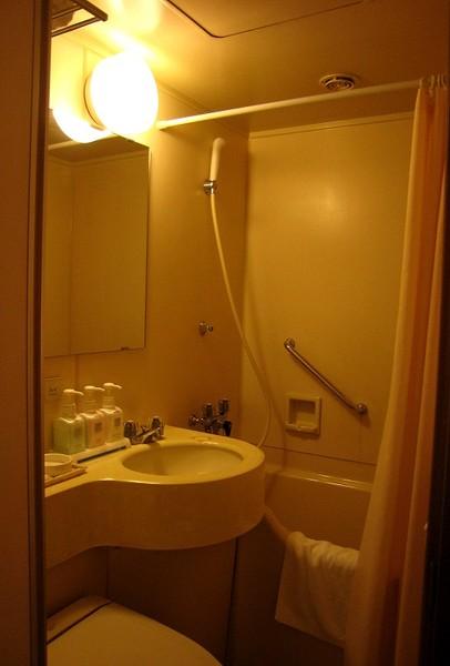 20071005ハートンホテル心斎橋201號房浴室.jpg