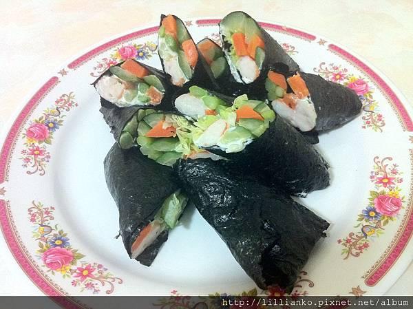 2011.11.15 晚餐 鮮蝦沙拉手捲