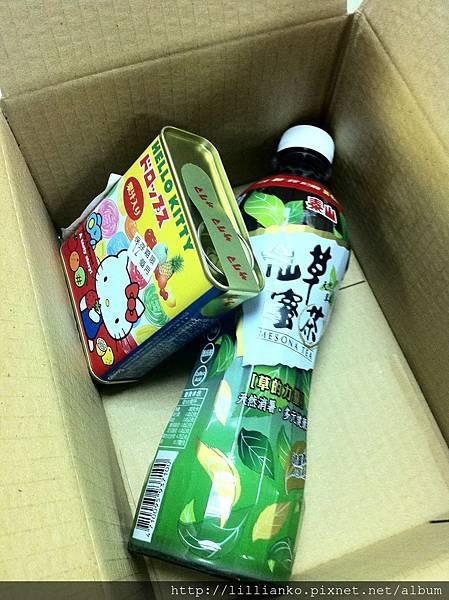 2013.09.26 凱芳寄來的包裹