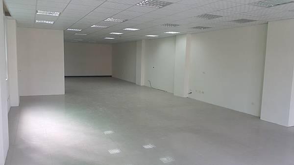 65000正自強南大辦公室租金便宜(郭)_170621_0006.jpg