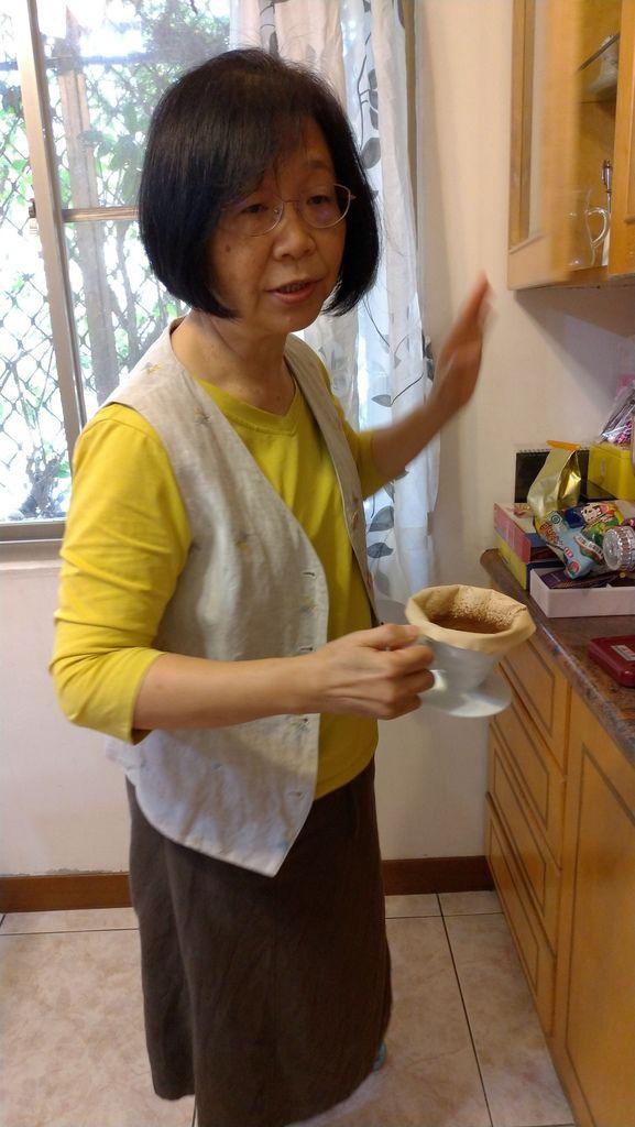 1080119品嘗咖啡