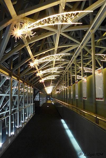 0123_京都車站夜景2_signed.JPG