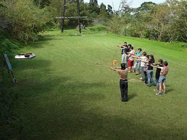 泰雅巴萊體驗射箭