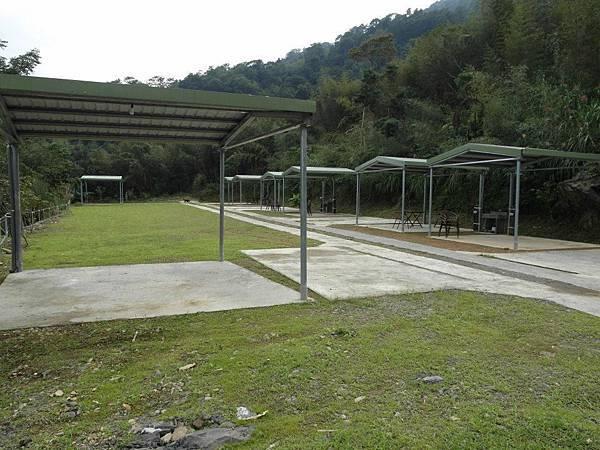 泰雅巴萊雨棚營位4