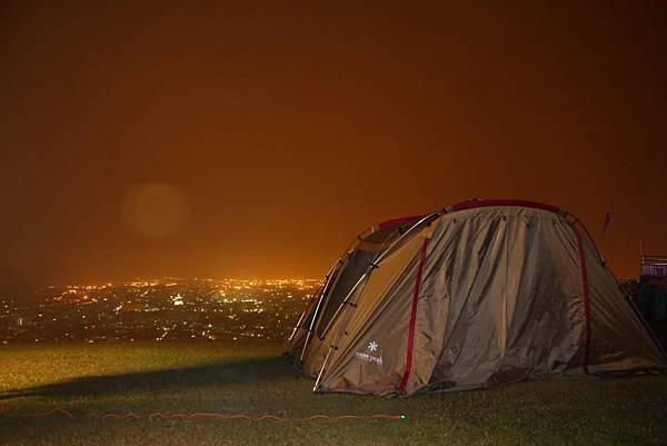 虎嘯山莊露營區